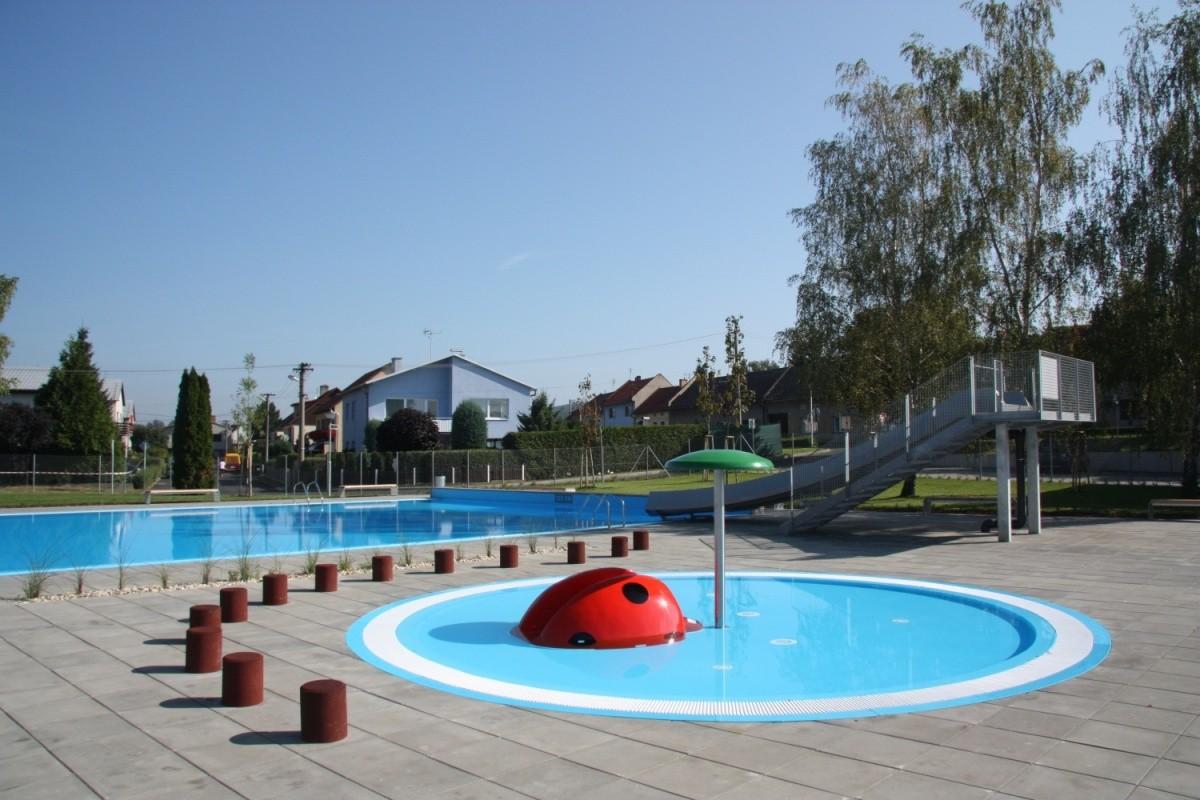 Centroprojekt připravil rekonstrukci venkovního koupaliště včetně bazénové technologie