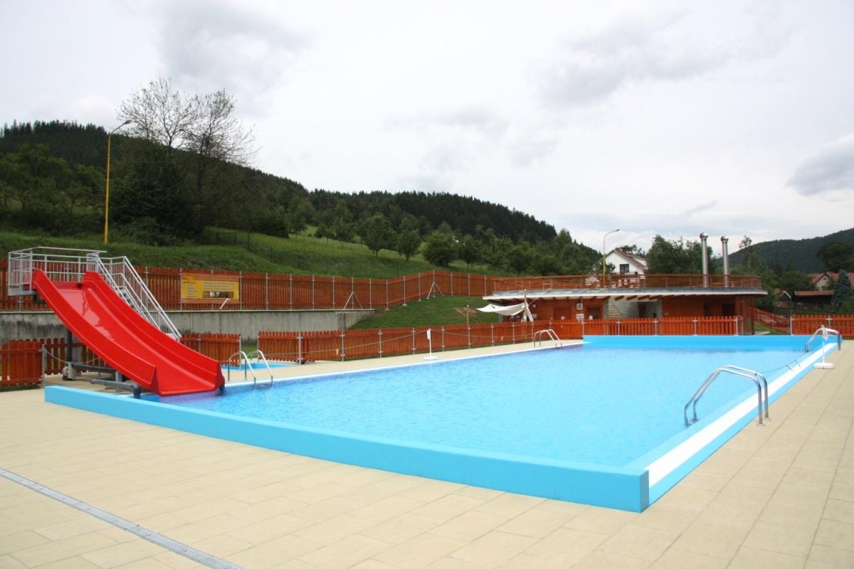 Rekonstrukci koupaliště ve Zděchově včetně bazénových technologií připravil Centroprojekt