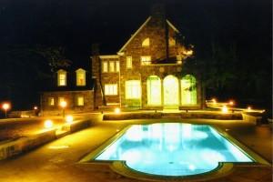 Bazénové technologie pro bazén na velvyslanectví ČR v USA dodal zlínský Centroprojekt