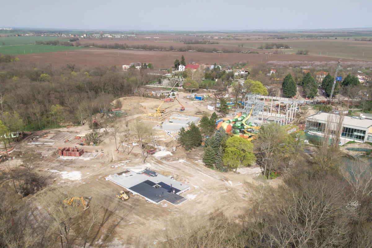 Bazénové technologie pro aquapark Thermal Park v Polném Kesově navrhl a dodal Centroprojekt