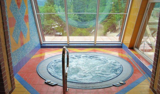 Wellness a hotelový bazén hotelu Montér na Ostravici