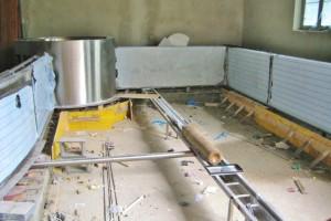 Nerezový bazén v Horní Lomné od Centroprojektu