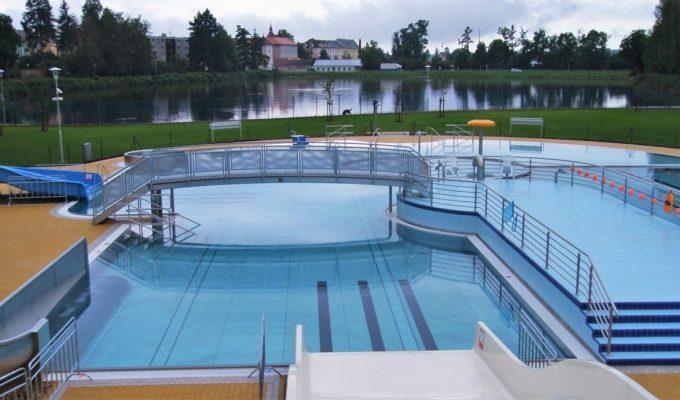 Bazénové technologie pro rekonstrukci koupaliště Kníže v Jičíně dodal Centroprojekt