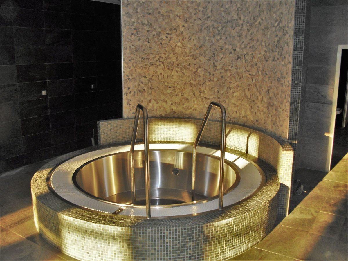Bazénové technologie pro Maximus Resort v Brně dodával Centroprojekt
