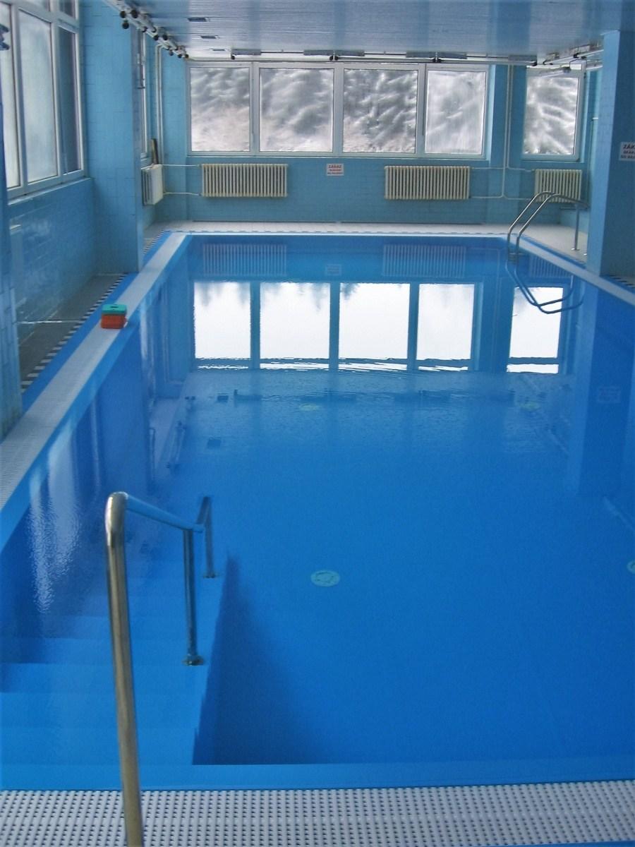 Hotelový bazén Jelenovská u Valašských Klobouk
