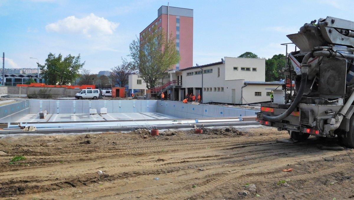 Kúpalisko v Košicíach s bazénovou technológiou od Centroprojektu