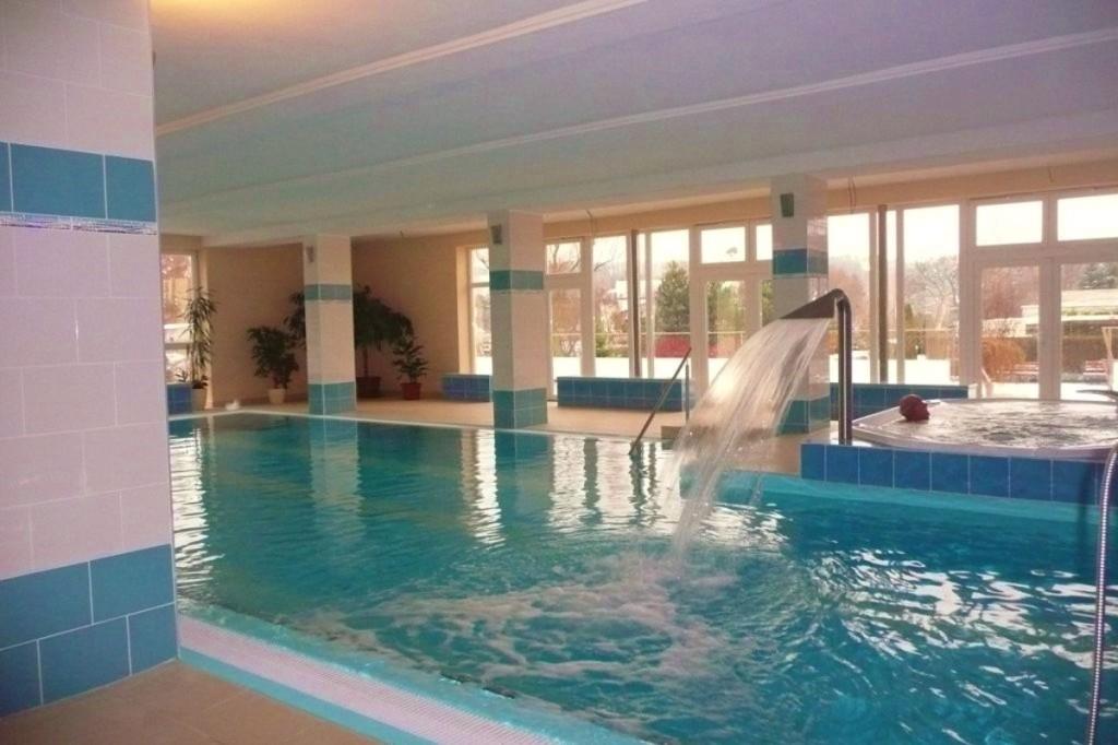 Bazénové technologie pro hotelový bazén v Dudincích dodal Centroprojekt