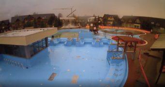 Časosběrné video z výstavby bazénu v Gino Paradise Bešeňová
